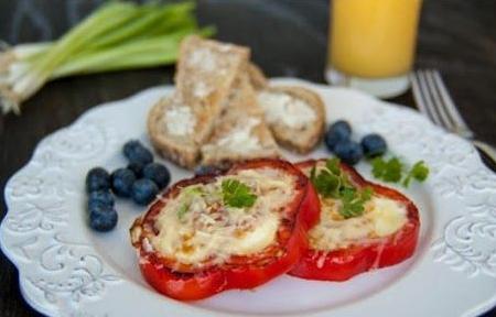 Креативни и здрави оброци јајце +пиперка- совршена комбинација